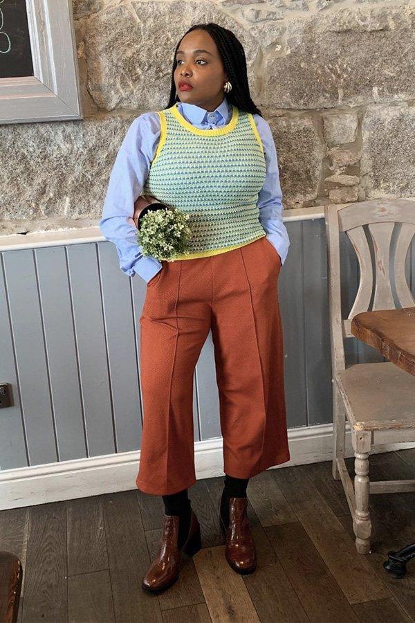 Ada Oguntodu - colete de tricot - colete - inverno - em casa - https://stealthelook.com.br