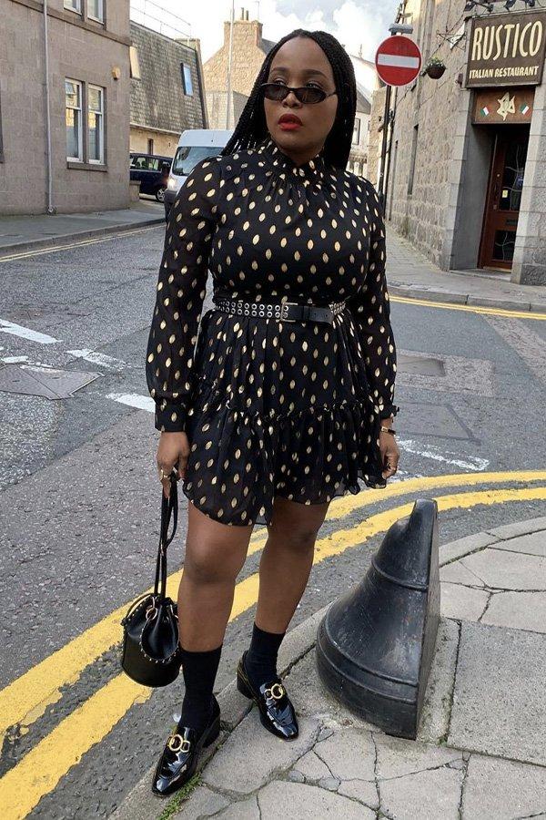Ada Oguntodu - modelos de sapatos - sapatos e vestidos - inverno - em casa - https://stealthelook.com.br