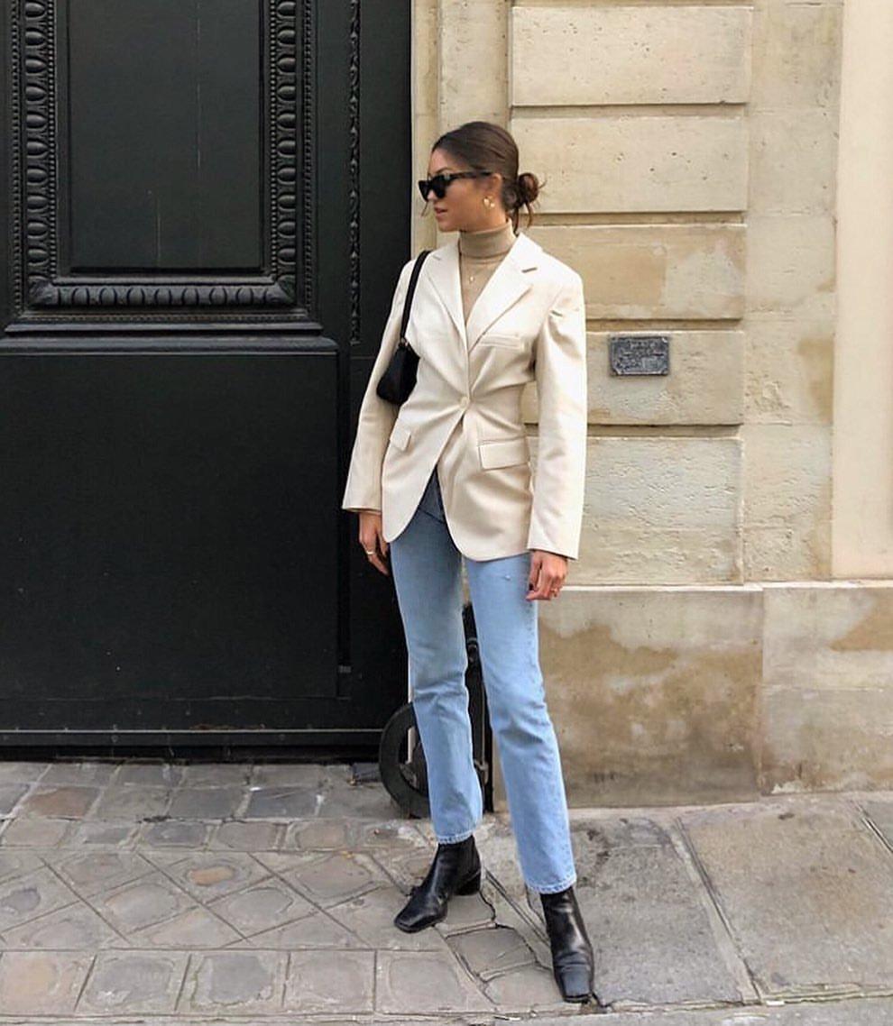 It girls - Blusa de gola alta - Gola alta - Outono - Street Style - https://stealthelook.com.br