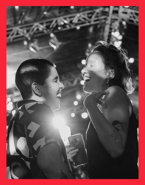 Leonardo Ignacio e Carolina Renosto - dia dos namorados - orgulho LGBTQI+ - inverno - em casa - https://stealthelook.com.br