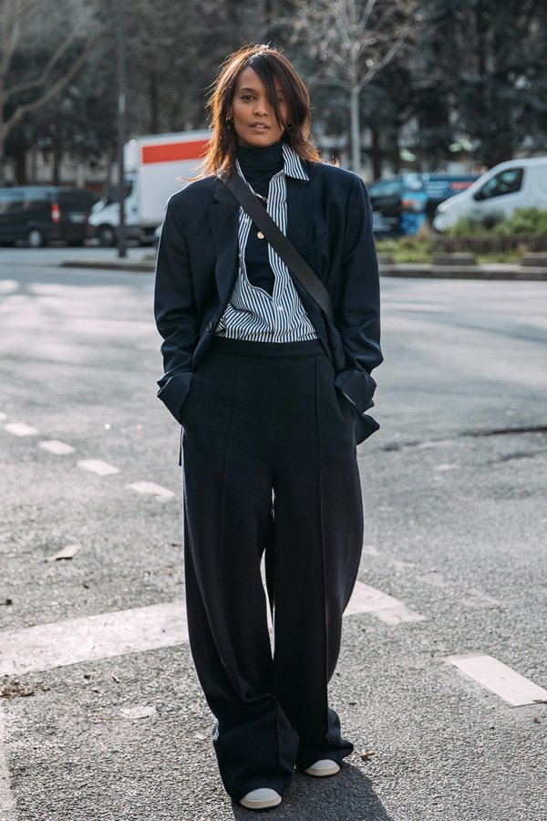 Liya Kebede - looks de inverno - truques de styling - inverno - street style - https://stealthelook.com.br