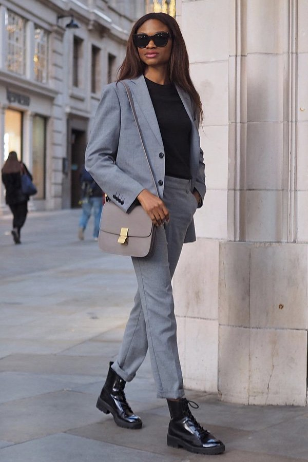 Lorna - maneiras de usar coturnos - botas - inverno - street style - https://stealthelook.com.br