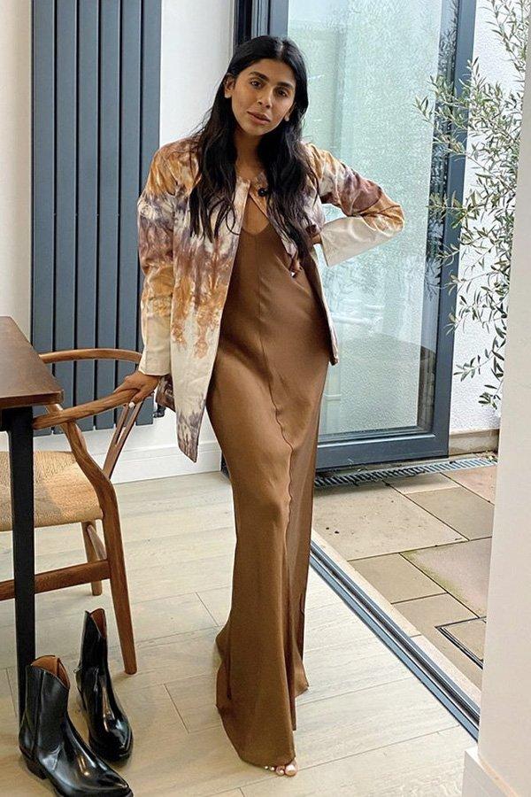 Monikh Dale - vestidos longos - looks de inverno - inverno - street style - https://stealthelook.com.br