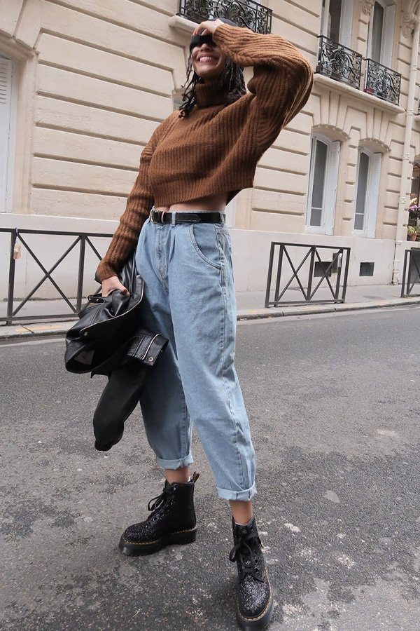 Syana Laniyan - maneiras de usar coturnos - botas - inverno - street style - https://stealthelook.com.br