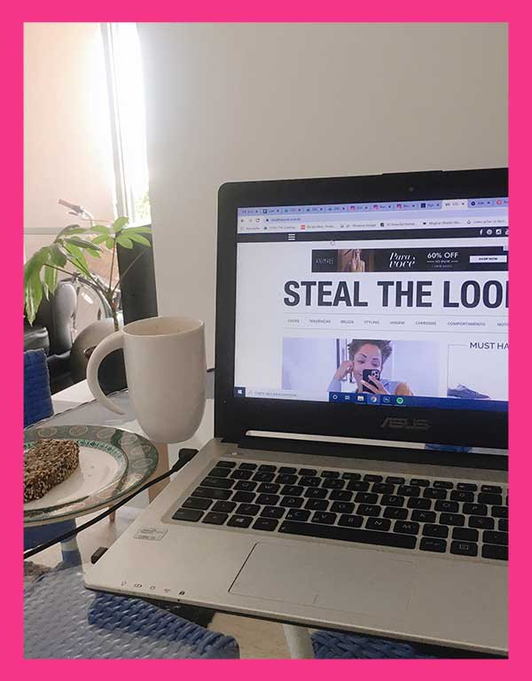 It girls - Home office - Home office - Outono - Street Style - https://stealthelook.com.br
