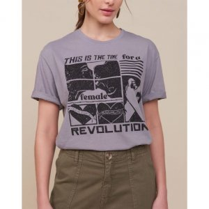 T-Shirt Ampla Female Revolution
