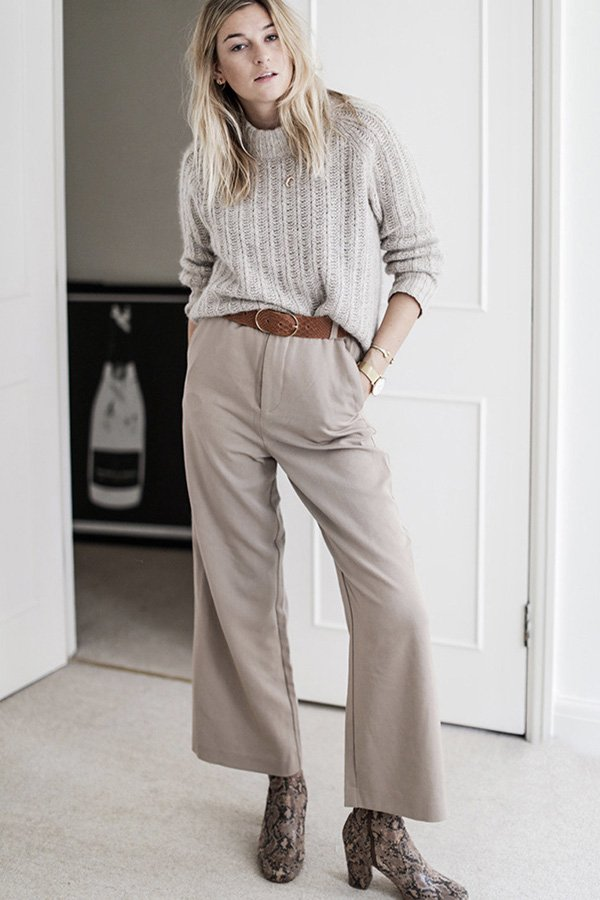 Camille Charriere - cor tendência - greige - inverno - street style - https://stealthelook.com.br