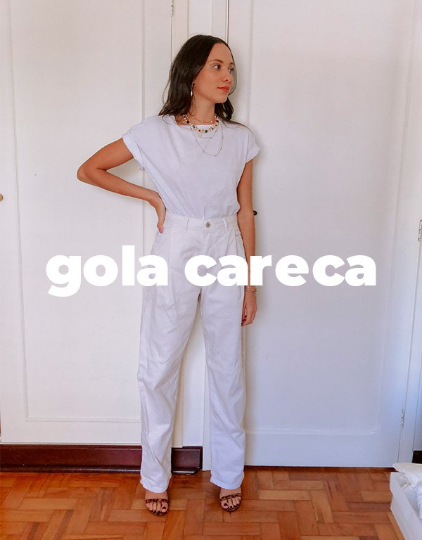 It girls - Camiseta branca - Gola careca - Inverno - Street Style - https://stealthelook.com.br