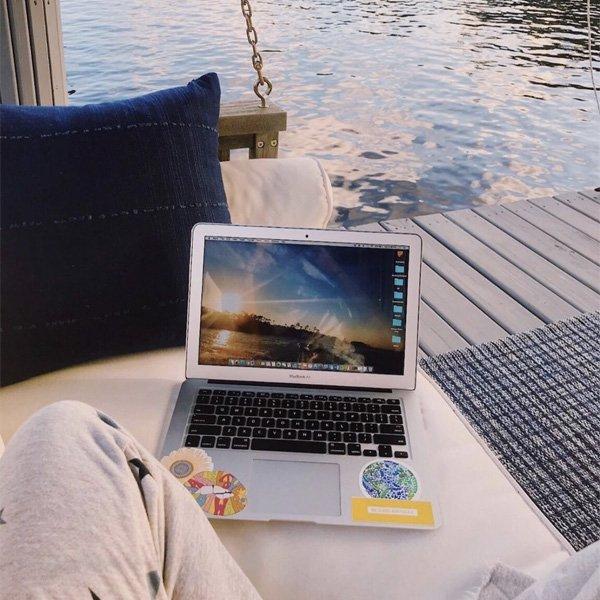 - nômade digital - nômade digital - airbnb - tripadvsior - https://stealthelook.com.br