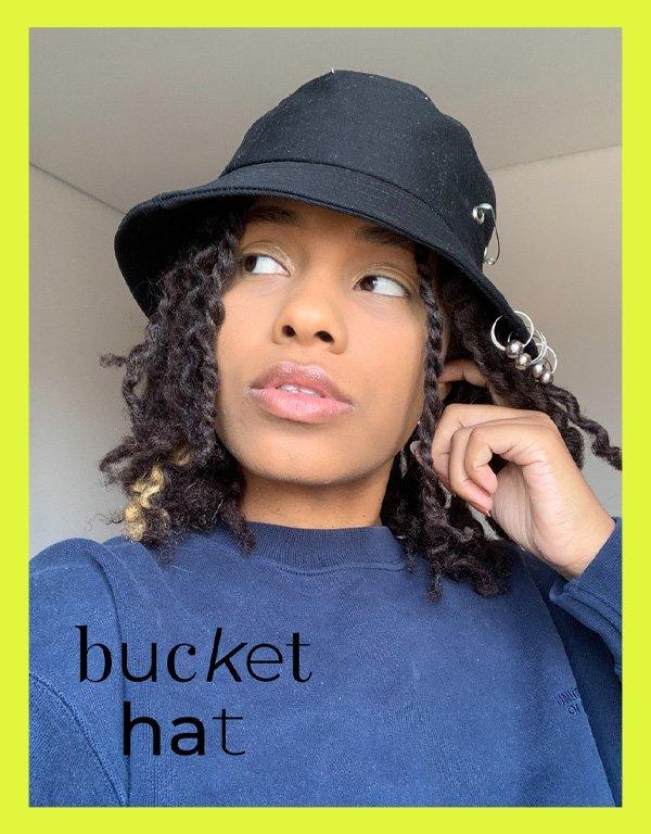 Claudiana Ribeiro - acessórios de cabelo - bucket hat - inverno - em casa - https://stealthelook.com.br