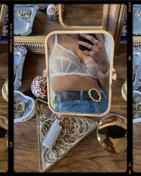 Vic Hollo - lingerie - lingerie - inverno - em-casa - https://stealthelook.com.br