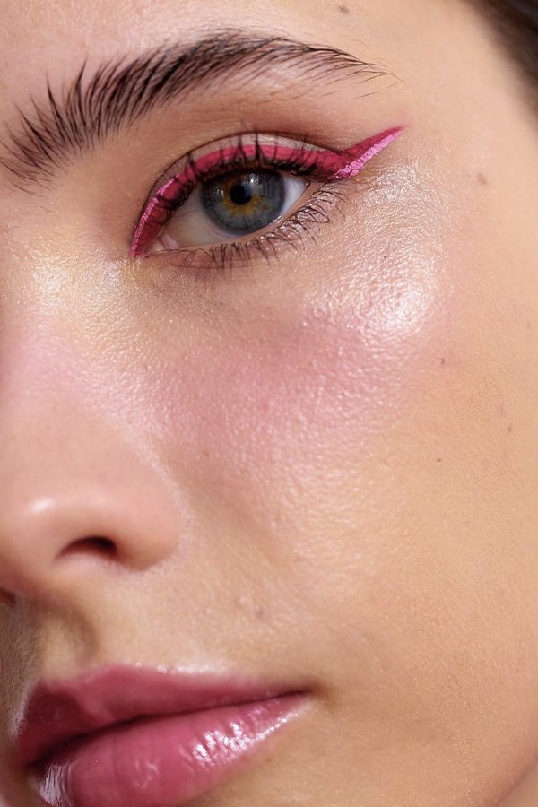 Luiza Tardin - delineadores diferentes - maquiagem - inverno - street style - https://stealthelook.com.br