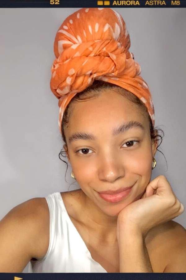 Luma Jady  - Lenço no cabelo  - lenços  - verão  - em casa  - https://stealthelook.com.br