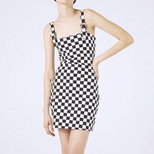 Vestido Xadrez com Fivela
