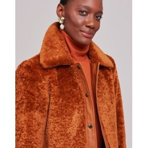 Jaqueta Fur Detalhe Leather