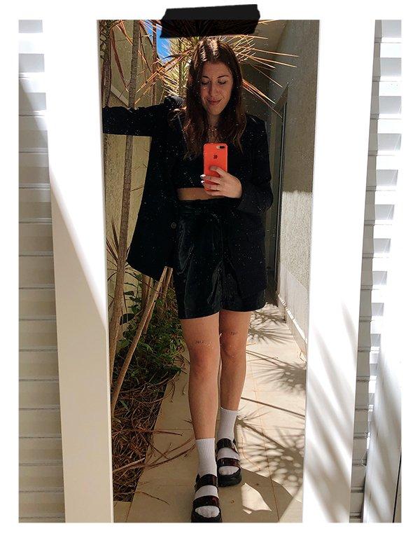 Giulia Coronato - Bermuda - Alfaiataria - Inverno - Em casa - https://stealthelook.com.br