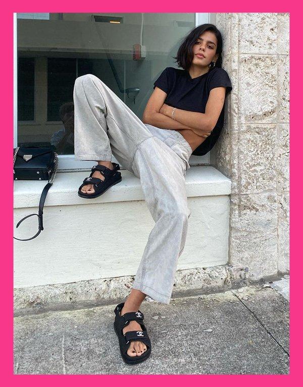 Jen Ceballos - sandália tendência - chanel dad sandals - verão - street style - https://stealthelook.com.br