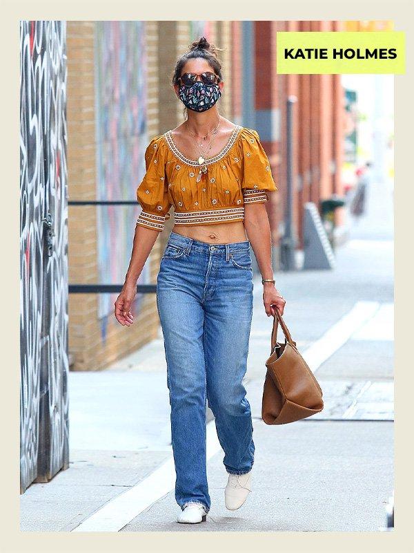 Katie Holmes - celebridades estilosas - 40 anos mais - verão - street style - https://stealthelook.com.br