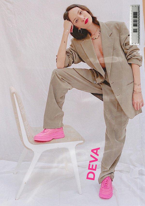 Jéssica Menasce - terninho - tenis-pink - inverno - em-casa - https://stealthelook.com.br