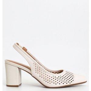 Sapato Feminino Chanel com Bolinhas Vazada Vizzano