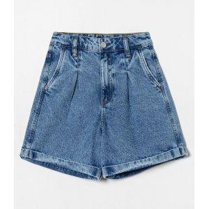 Bermuda Jeans Cintura Alta Lisa com Pregas e Patch