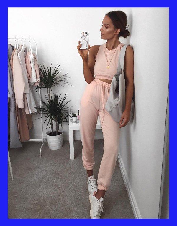 Alicia Roddy - como usar calça jogger - calça jogger - verão - street style - https://stealthelook.com.br