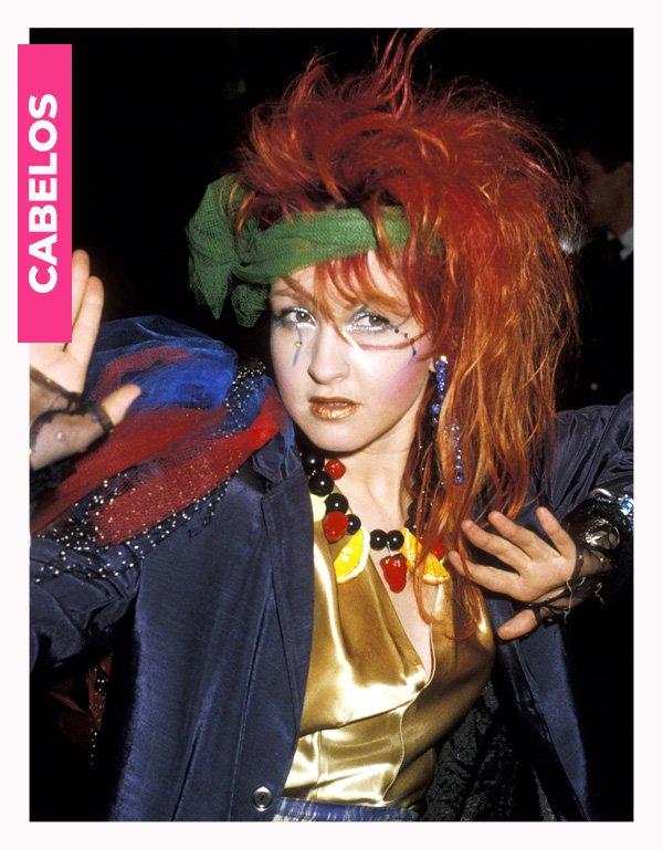 Cindy Lauper - anos 80 - moda anos 80 - verão - street style - https://stealthelook.com.br