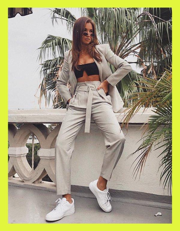 Danielle Bernstein - modelo de biquíni tendência - biquíni - verão - street style - https://stealthelook.com.br