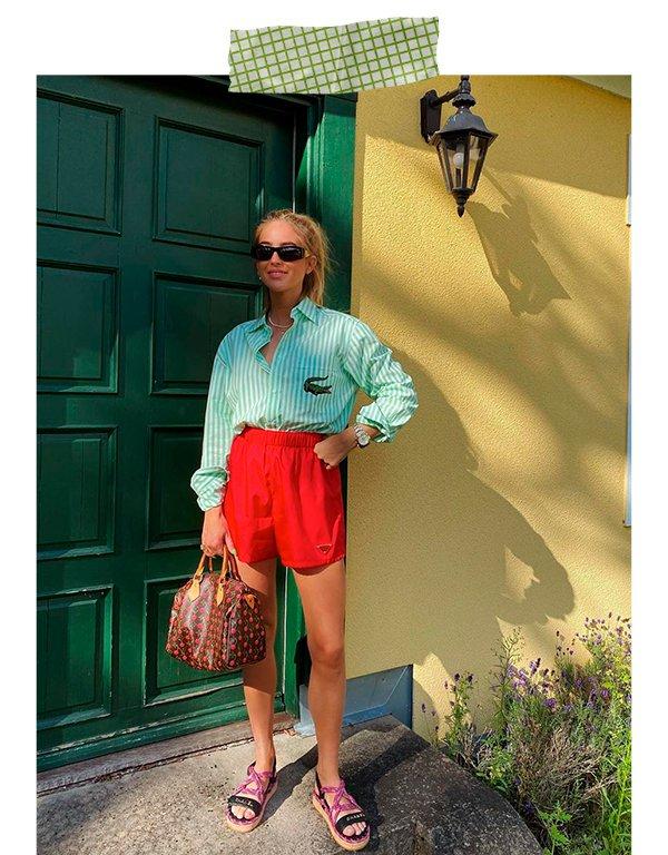 It girls - Short - Bermuda de sarja - Primavera - Em casa - https://stealthelook.com.br