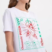 CAMISETA MANGA CURTA ESTAMPA PIZZAA TOY STORY BRANCO