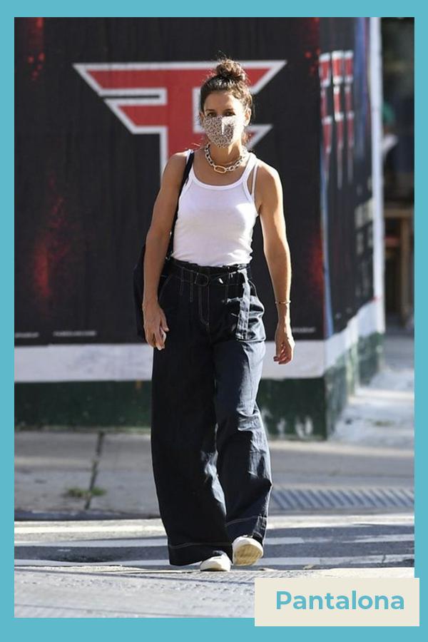 Katie Holmes  - Calça jeans pantalona - Katie Holmes - verão - street style  - https://stealthelook.com.br