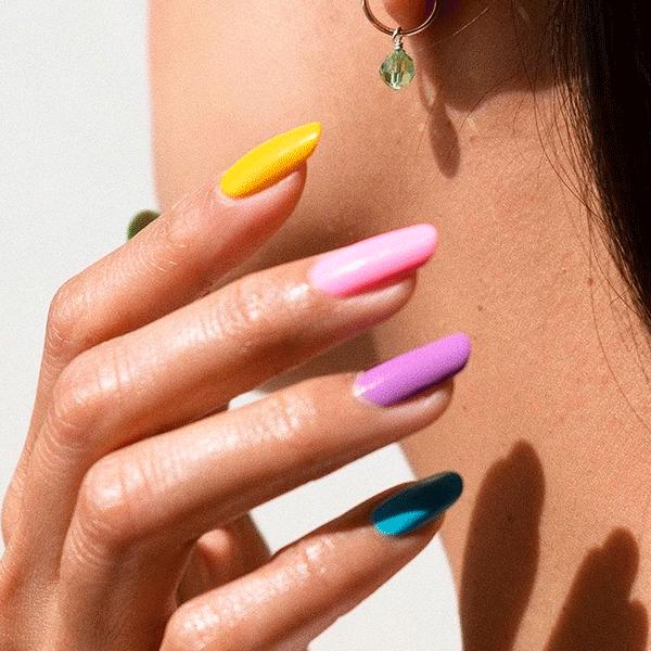 STEAL THE LOOK - Beleza - 8 unhas coloridas para testar esse ano