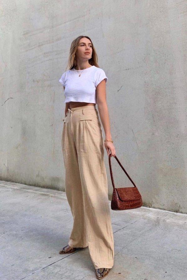 Kendra Alexandra  - camiseta branca - looks de verão - verão - street style  - https://stealthelook.com.br