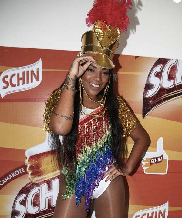 Ludmilla - looks de carnaval - carnaval 2021 - verão - street style - https://stealthelook.com.br