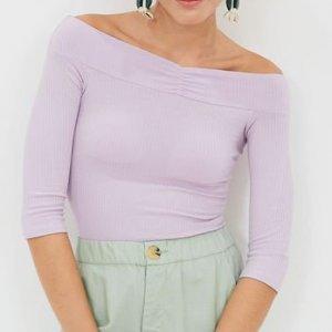Blusa Lisa Ombro a Ombro