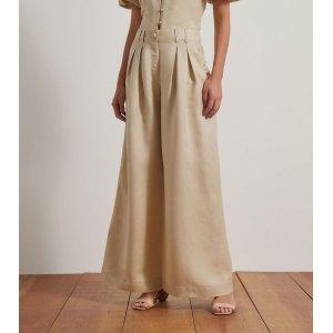 Calça Pantalona em Linho com Pregas e Botão