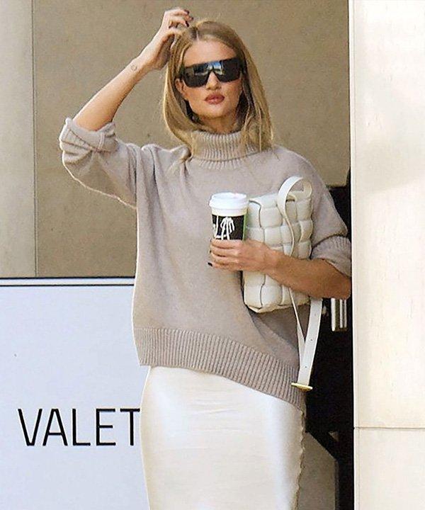 Rosie Huntington-Whiteley - Bottega Veneta - história da moda - verão - street style - https://stealthelook.com.br