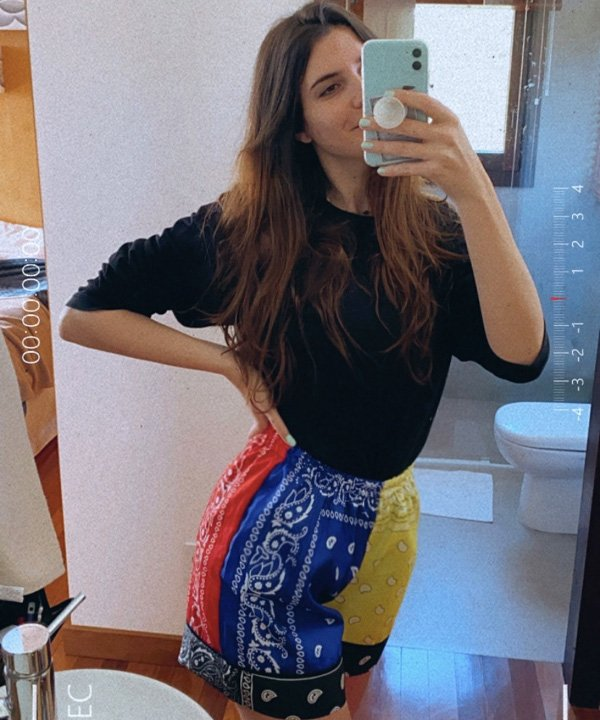 Manuela Bordasch - estampa de bandana - bandana - verão - street style - https://stealthelook.com.br