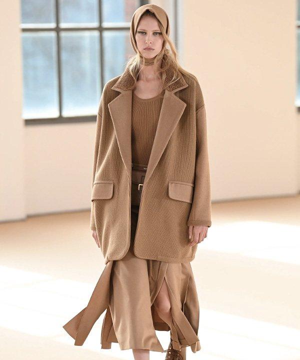 Max Mara - semana de moda de Milão 2021 - semana de moda 2021 - verão - street style - https://stealthelook.com.br