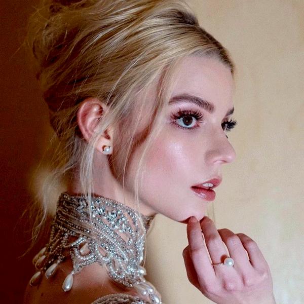 Anya Taylor-Joy - maquiagem - beleza - outono - em-casa - https://stealthelook.com.br