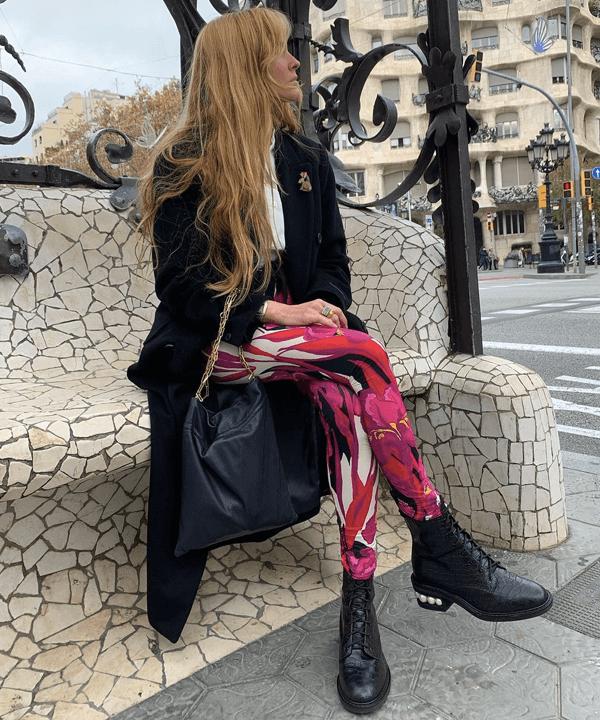 Blanca Miró Scrimieri - estampas psicodélicas - tendência 2021 - outono - street style - https://stealthelook.com.br