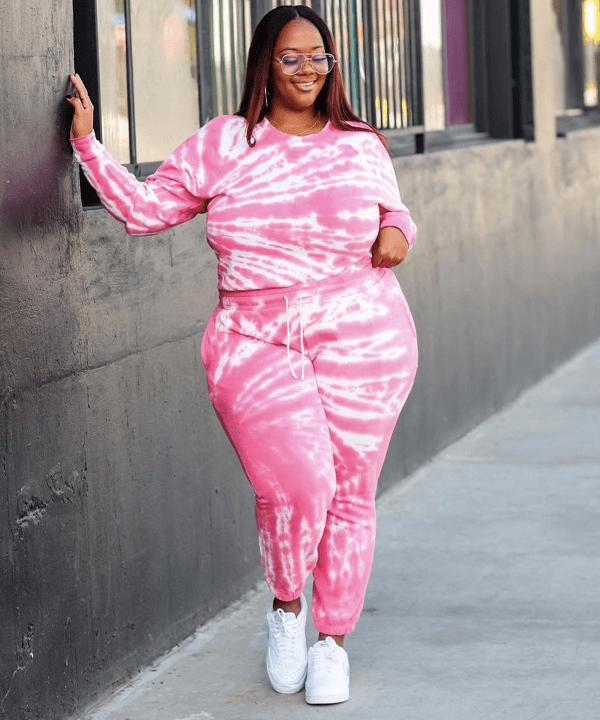 Kristine Trendy Curvy - looks confortáveis - looks básicos - outono - street style - https://stealthelook.com.br