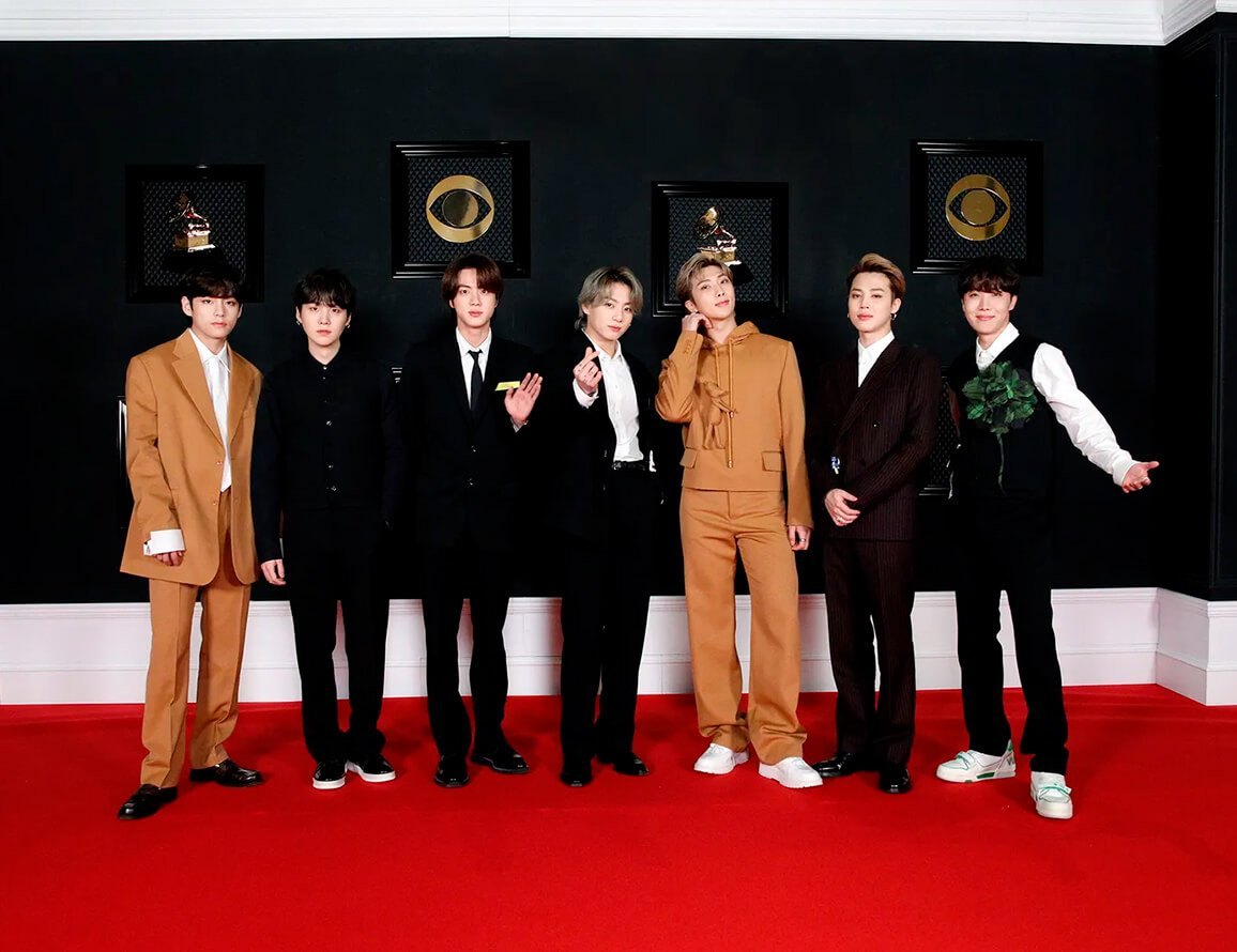 BTS - Terno - Grammy - Verão - Red Carpet - https://stealthelook.com.br