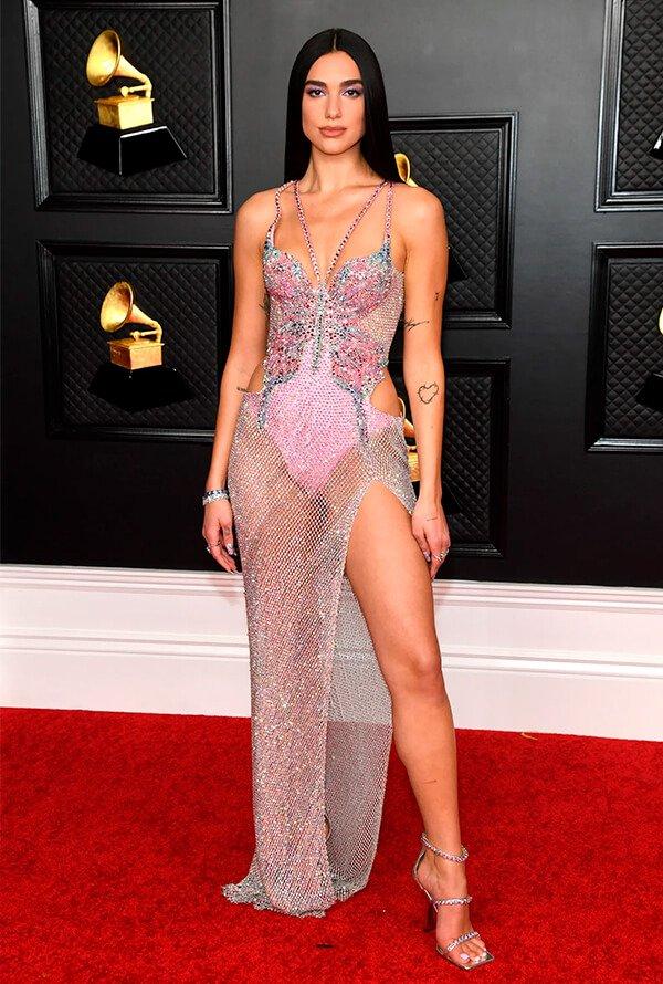 Dua Lipa - Vestido longo - Grammy - Verão - Red Carpet - https://stealthelook.com.br