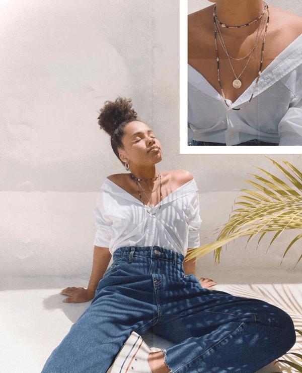 Claudiana Ribeiro - camisa-e-jeans - mix-de-colares - verão - em-casa - https://stealthelook.com.br
