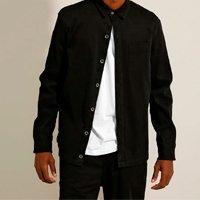 camisa overshirt canelada com bolsos manga longa preta
