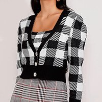 cardigan feminino de tricô estampado xadrez vichy cropped decote v preto