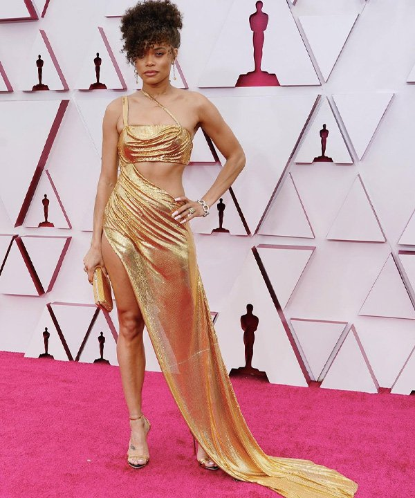 Andra Day - looks do oscar 2021 - red carpet - outono - street style - https://stealthelook.com.br