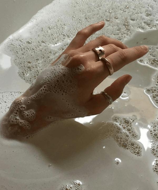 Mãos na água  - Beleza sustentável  - Skinminimalismo  - Verão  - Life style  - https://stealthelook.com.br