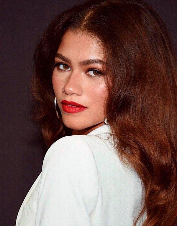 It girls - Cortes de cabelo - Cortes de cabelo - Outono - Red Carpet - https://stealthelook.com.br